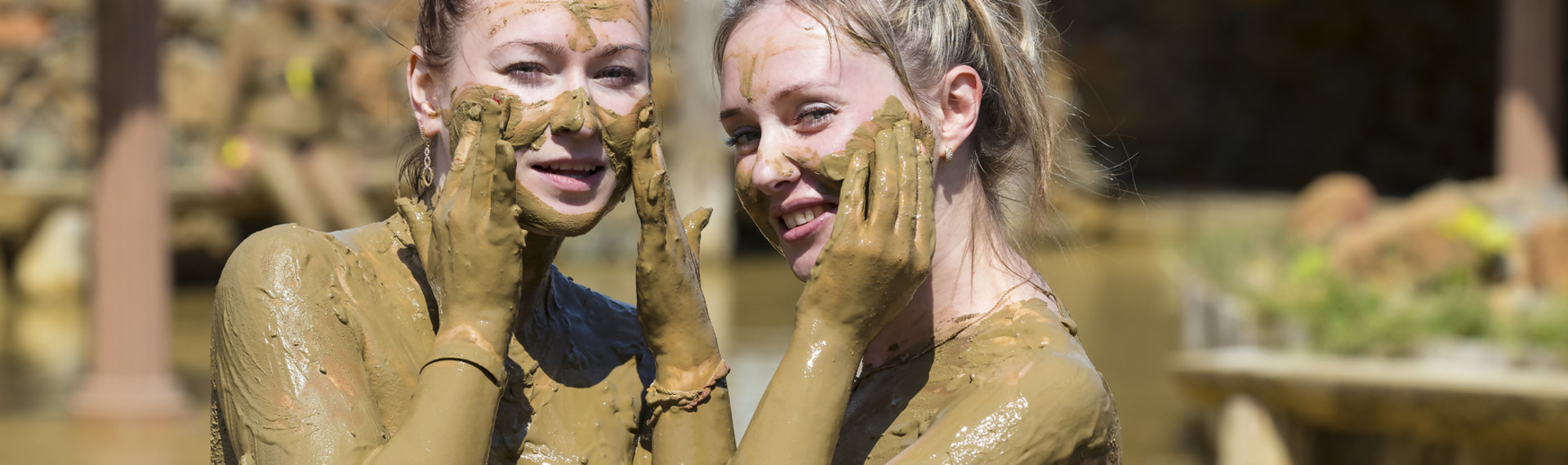 Jelly Wrestling in Prague | Pissup Tours