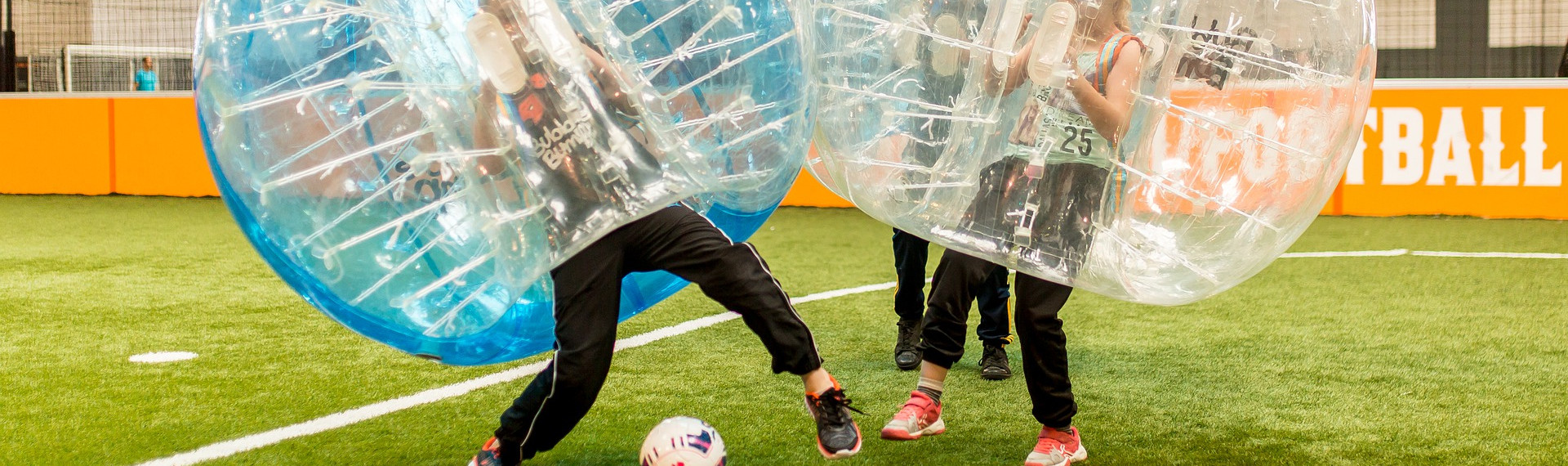 Bubble Football à Bruxelles | LE Site EVG  | Pissup Voyages