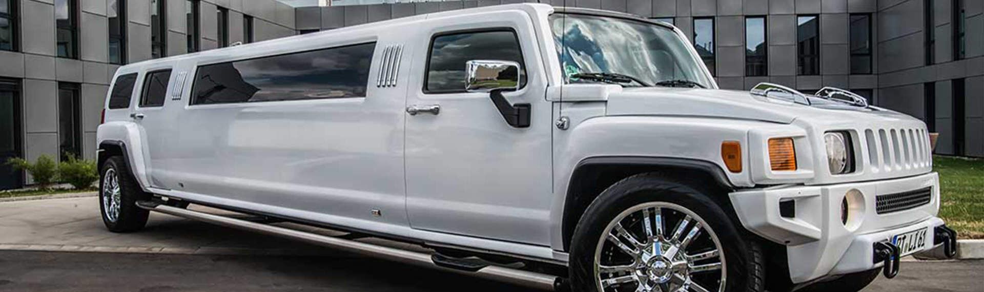 Stretch Limo Hummer Stuttgart | Pissup Tours