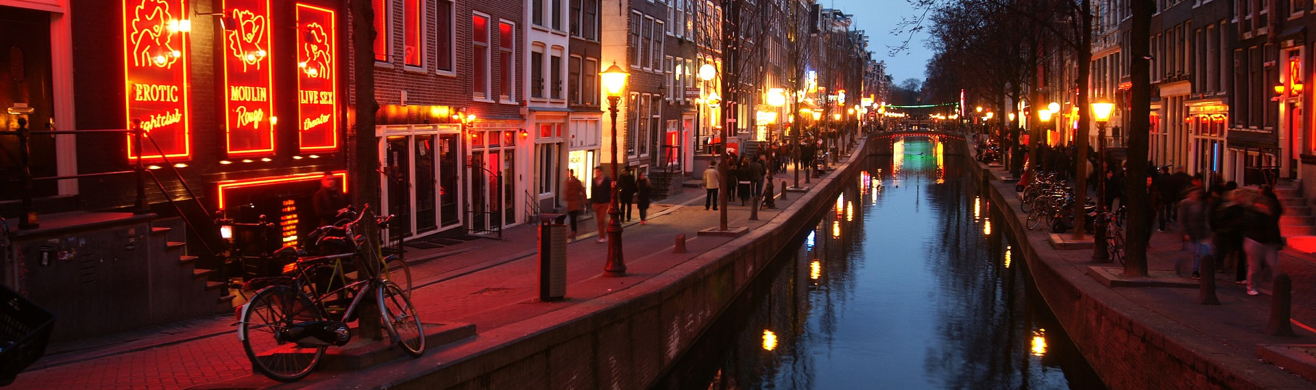 Red Light District Pub Crawl Amsterdam