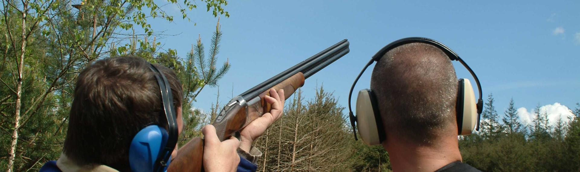 Clay pigeon shooting Prague