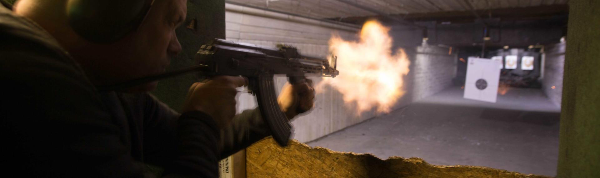 AK-47 schießen Budapest
