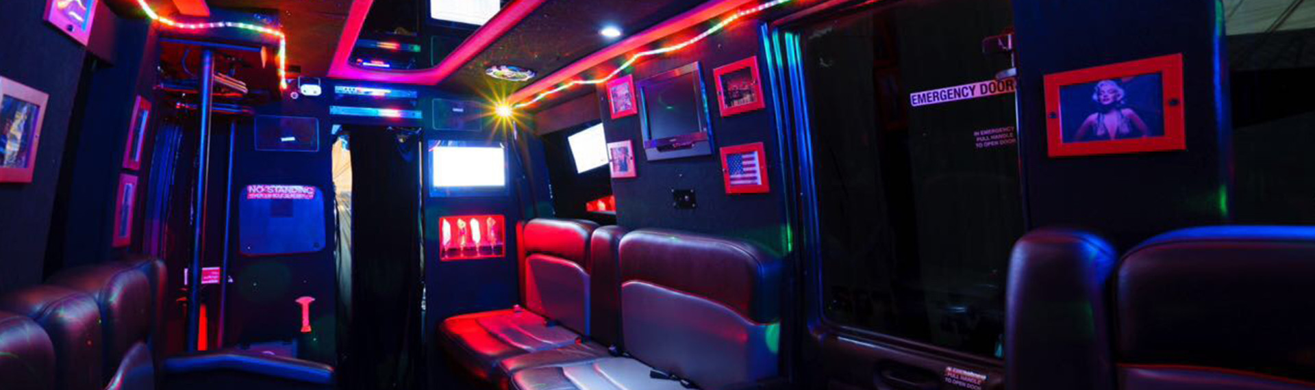 Small Party Bus Cologne (17 People max.)