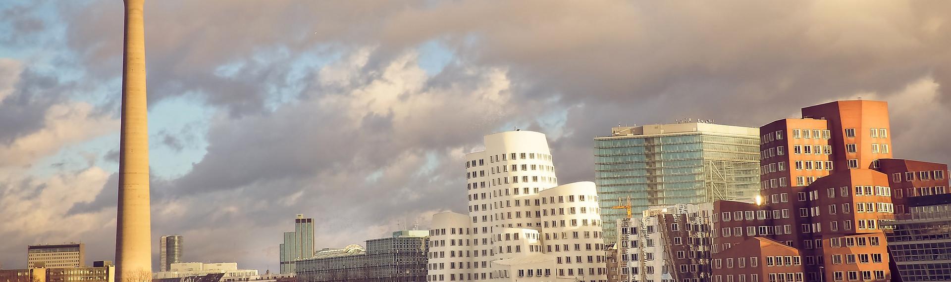 Sightseeing-Tour auf dem Schiff Düsseldorf