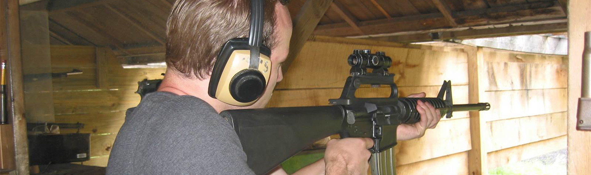 Gewehrschießen im Bunker Pilsen